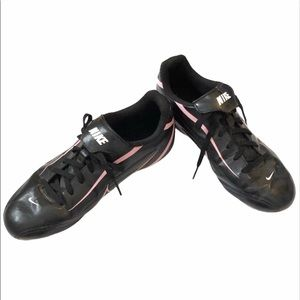 *3/$25* NIKE Youth Soccer Cleats Sneakers Shoes Black Pink